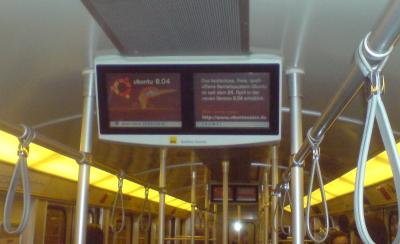 Bild von der Werbung für die aktuelle Ubunutu-Version in der Berliner U-Bahn.